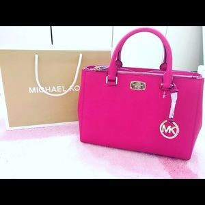 Handbags - Michael Kors Kellen Saffiano Leather Satchel